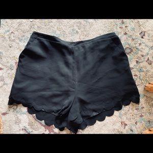 LC Lauren Conrad Scalloped Shorts